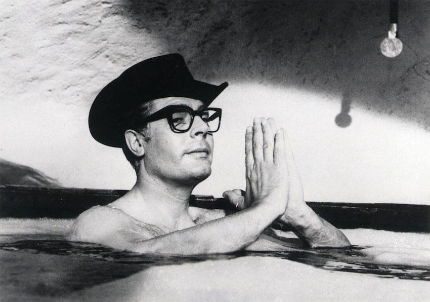 8½ di F  Fellini: il significato dell'esistenza tra reale e